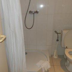Отель Safestay Brussels 2* Стандартный номер с различными типами кроватей фото 10