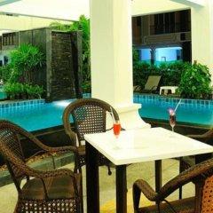 Ansino Bukit Hotel 3* Улучшенный номер двуспальная кровать фото 23