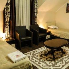 Отель Guest house Altay Кыргызстан, Каракол - отзывы, цены и фото номеров - забронировать отель Guest house Altay онлайн комната для гостей
