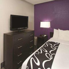 Отель La Quinta Inn & Suites New York City Central Park 2* Стандартный номер с двуспальной кроватью фото 5