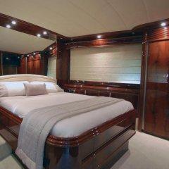 Отель Beyond the Sea Yacht комната для гостей фото 5
