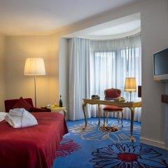 Отель Radisson RED Brussels 4* Номер Бизнес с различными типами кроватей
