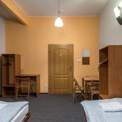 Отель Hill Inn Познань комната для гостей фото 3