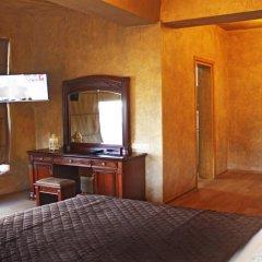 Wine Palace Hotel 4* Номер Делюкс с различными типами кроватей