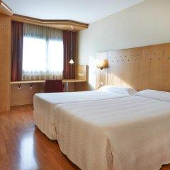 Отель NH Barcelona La Maquinista 3* Стандартный номер с различными типами кроватей