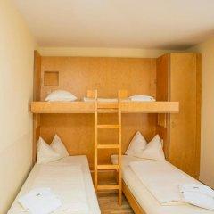 JUFA Hotel Salzburg 2* Стандартный семейный номер с двуспальной кроватью фото 10