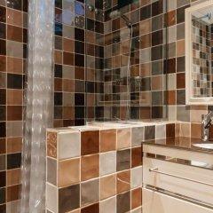 Отель Carre de L'alzina Apartment Испания, Барселона - отзывы, цены и фото номеров - забронировать отель Carre de L'alzina Apartment онлайн ванная фото 2