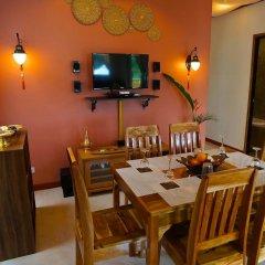 Отель Villa Siam Lanna @ Golden Pool Villas Ланта питание