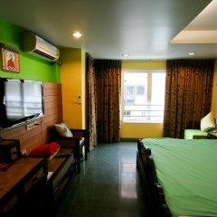 Отель Sabai Sabai @ Sukhumvit 3* Номер Делюкс фото 4