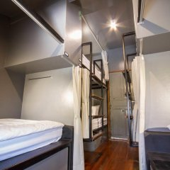 Here Hostel Кровать в общем номере фото 11