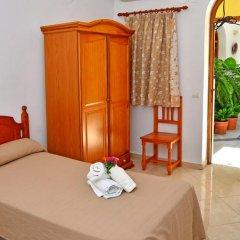 Отель Hostal El Arco Номер категории Эконом с различными типами кроватей фото 12
