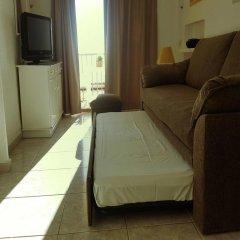 Отель Apartamentos Casa Blanca Испания, Торремолинос - отзывы, цены и фото номеров - забронировать отель Apartamentos Casa Blanca онлайн комната для гостей
