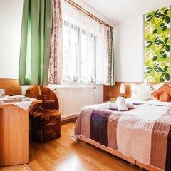 Отель Chata pod Jemiołą Польша, Закопане - отзывы, цены и фото номеров - забронировать отель Chata pod Jemiołą онлайн комната для гостей