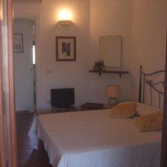 Отель B&B L'Umbra di lu Soli Кастельсардо комната для гостей