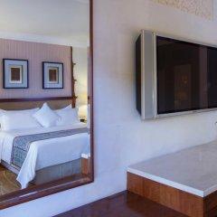 Отель The Laguna, a Luxury Collection Resort & Spa, Nusa Dua, Bali 5* Номер Делюкс с различными типами кроватей фото 6