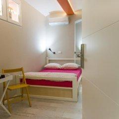 Hostel Bongo Стандартный номер с различными типами кроватей фото 3