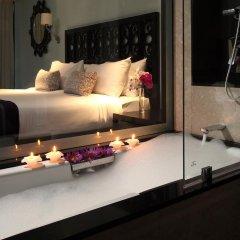 Отель Taj Bentota Resort & Spa Улучшенный номер с различными типами кроватей фото 2