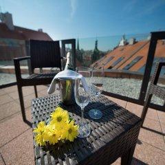 Отель Ea Embassy Прага балкон
