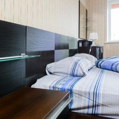 Гостиница April Tsentr комната для гостей фото 5