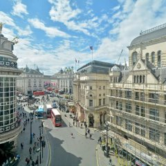 Отель The Leicester Square Collection балкон