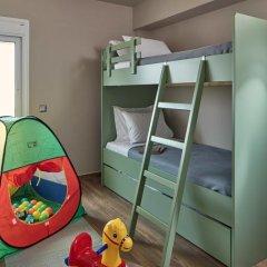 Отель 18 Micon Street 4* Стандартный семейный номер с 2 отдельными кроватями фото 6