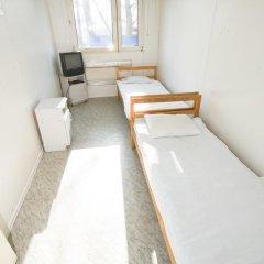 Hotel Pracowniczy Metro 2* Стандартный номер с двуспальной кроватью (общая ванная комната) фото 8
