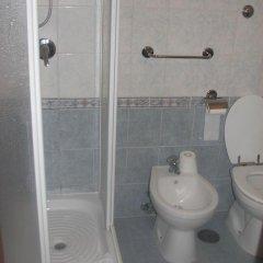 Отель Friendship Place 3* Стандартный номер с двуспальной кроватью фото 30