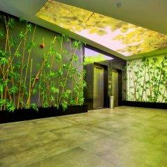 Отель Green Garden Suite парковка