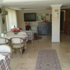 Defne & Zevkim Hotel интерьер отеля