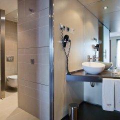 Отель ILUNION Barcelona 4* Улучшенный номер с различными типами кроватей фото 10