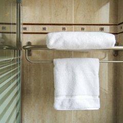 Отель SunConnect Los Delfines Hotel Испания, Кала-эн-Форкат - отзывы, цены и фото номеров - забронировать отель SunConnect Los Delfines Hotel онлайн ванная