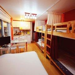 Отель Han River Guesthouse 2* Семейная студия с двуспальной кроватью фото 6