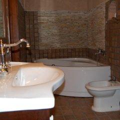 Отель Agriturismo Fonte di Maroglio Кастровиллари ванная