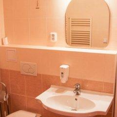 Hotel Inturprag 3* Стандартный номер с различными типами кроватей фото 12