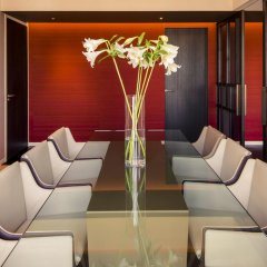 NH Collection Amsterdam Grand Hotel Krasnapolsky 5* Улучшенный номер с двуспальной кроватью фото 8