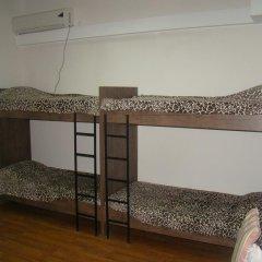 Отель Tiflisi Guest House 2* Стандартный семейный номер с двуспальной кроватью фото 2