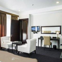 Отель Амбассадор 4* Стандартный семейный номер с двуспальной кроватью фото 9