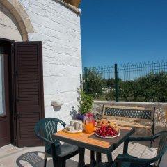 Отель Grandi Trulli Bed & Breakfast Альберобелло балкон