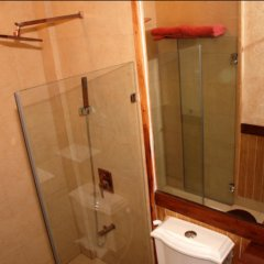 Отель Joaquin's Bed and Breakfast Филиппины, Тагайтай - отзывы, цены и фото номеров - забронировать отель Joaquin's Bed and Breakfast онлайн ванная фото 2