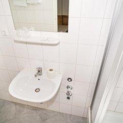 Smart Stay Hotel Station ванная