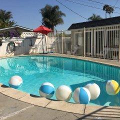 Отель Shell Beach Inn бассейн фото 2