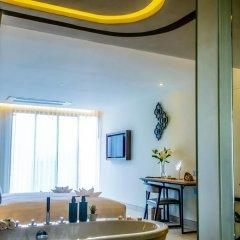 Отель MAI HOUSE Patong Hill 5* Номер Делюкс с различными типами кроватей фото 12