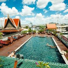 Отель D&D Inn Таиланд, Бангкок - 4 отзыва об отеле, цены и фото номеров - забронировать отель D&D Inn онлайн бассейн фото 3