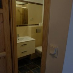 Отель Academus - Cafe/Pub & Guest House ванная фото 2