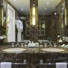 Отель Warwick Brussels 5* Люкс Royal с двуспальной кроватью фото 3
