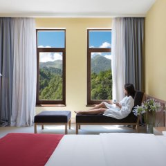 Гостиница Golden Tulip Rosa Khutor (Голден Тюлип Роза Хутор) комната для гостей
