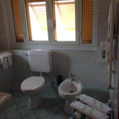 Отель Albergo Caffaro Стандартный номер с различными типами кроватей фото 8