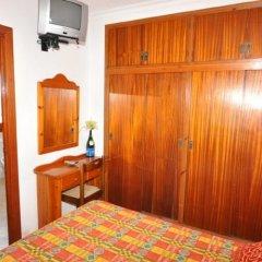 Отель Hostal Can Salvador Курорт Росес удобства в номере фото 2