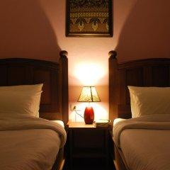 Отель Baan Sutra Guesthouse 3* Стандартный номер фото 3
