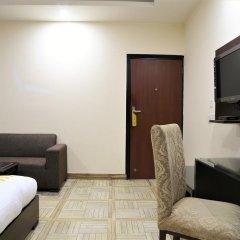 Отель FabHotel Aksh Palace Golf Course Road 3* Номер Делюкс с различными типами кроватей фото 11